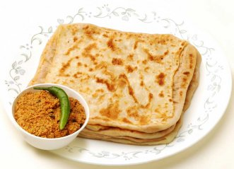 Stuffed Roti With Coconut Sambol